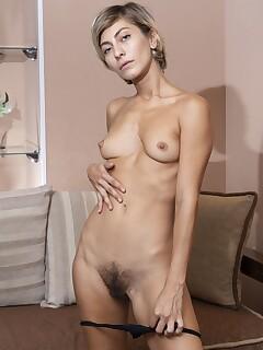 Hairy Small Tits Pics
