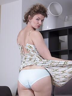 Hairy Wife Pics